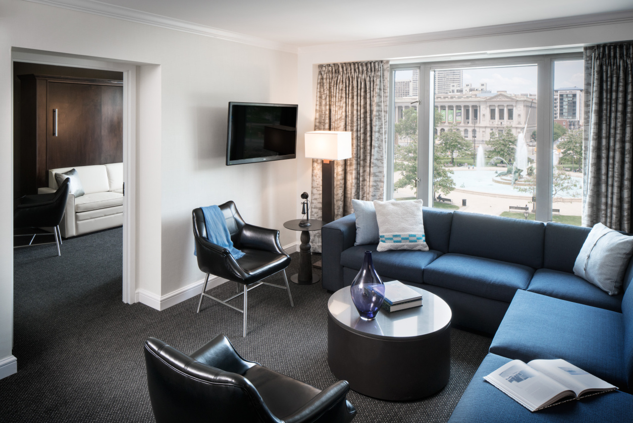 Living room of Bristol Suite
